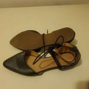 Old Navy Shoes - Women's pointed toe flats